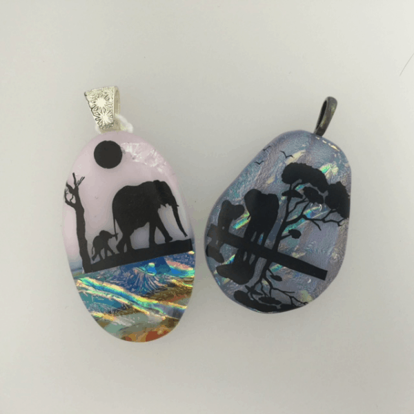 Fused glass - Elephants