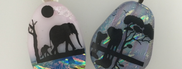 Fused glass – Elephants
